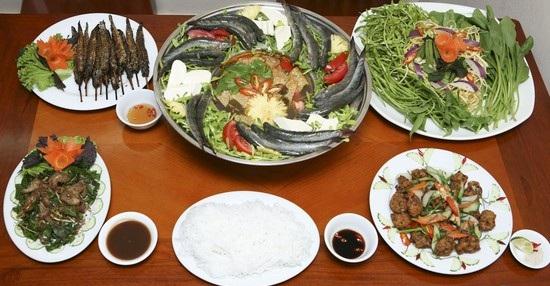 Trang tin trực tuyến giới thiệu ẩm thực Việt C%C3%A1ch%20n%E1%BA%A5u%20m%C3%B3n%20l%E1%BA%A9u%20c%C3%A1%20k%C3%A8o%20l%C3%A1%20giang