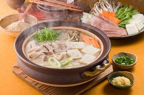 Hướng dẫn cách làm món lẩu thịt lợn siêu ngon